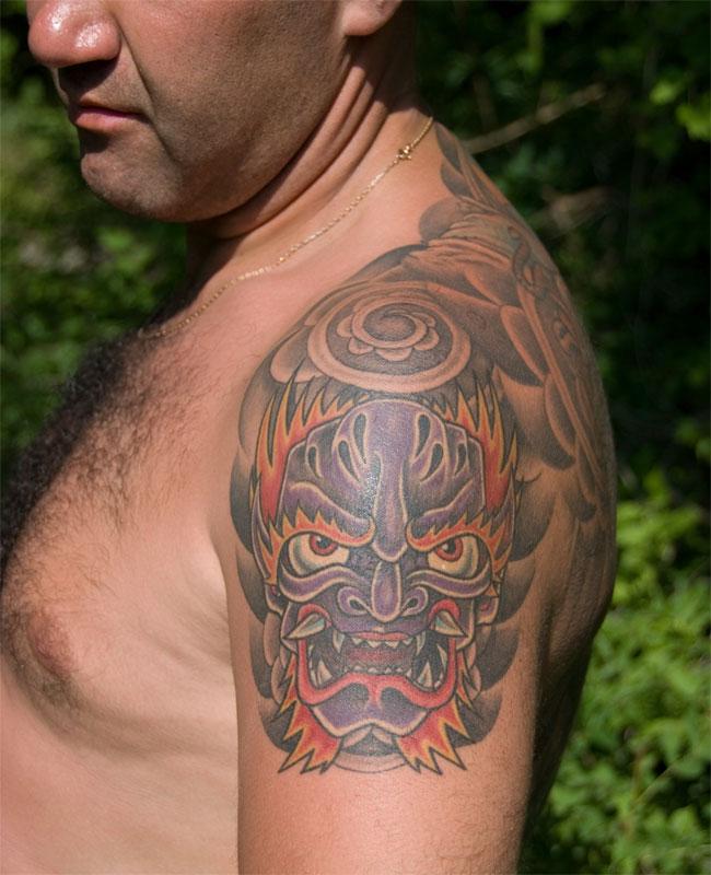 Татуировки девушек с драконом значение идеи и эскизы