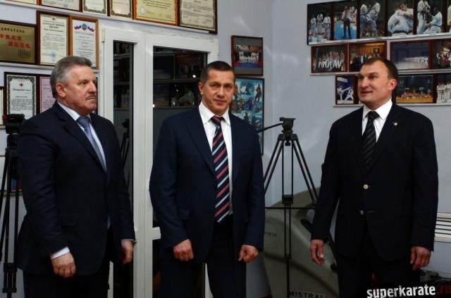 Губернатор Шпорт, Полпред Трутнев и Сэнсей Мохирев