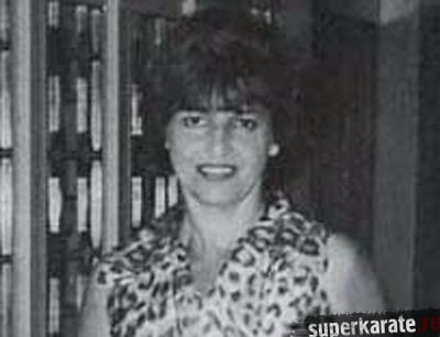 Беатрис янг первая женщина бранч чиф