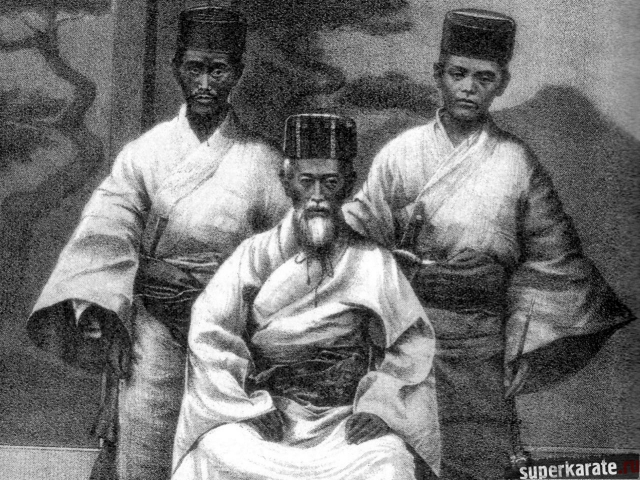 Мацумура Сокон (слева) с королем (сидит)