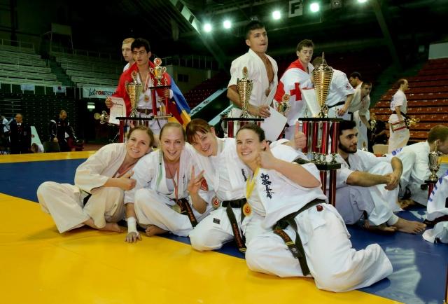Женщины призеры абсолютного Чемпионата Европы (Фото Algimantas Barzdzius)