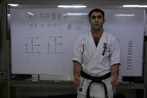 Сэнсей Захир Насиров с результатами экзаменационных боев