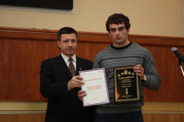 Шихан Александр Николаевич Алымов поздравляет Годерзи Капанадзе