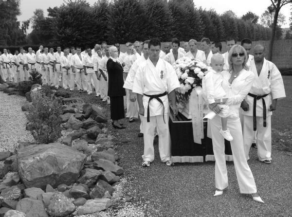 Похороны каратиста Питера Смита