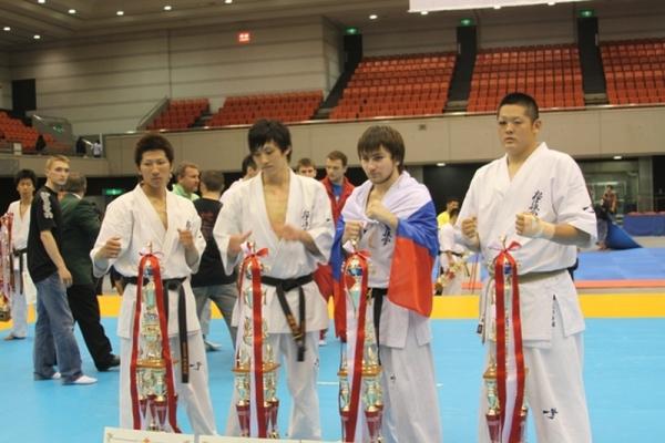 Призеры Чемпионата Японии по каратэ киокушинкай