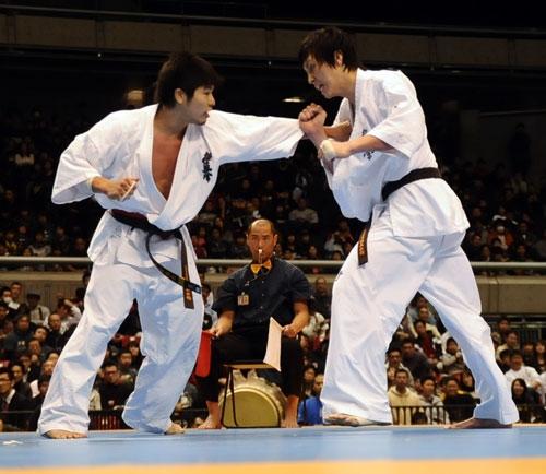 Masanaga Nakamura vs. Yuta Takahashi