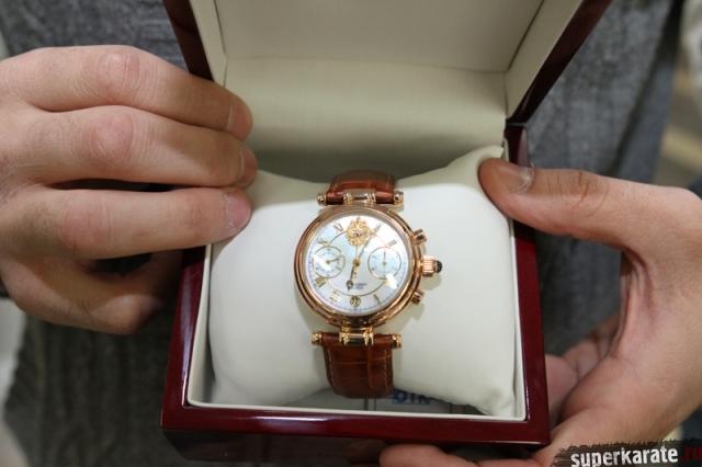 Часы подарок президента 24