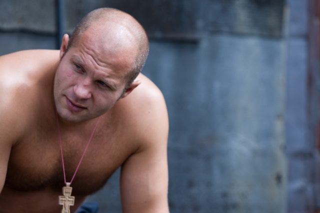 http://superkarate.ru/uploads/posts/2011-12/1323721788_fedor-emelianenko.jpg