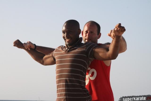 Тренировки каратэ в Африке
