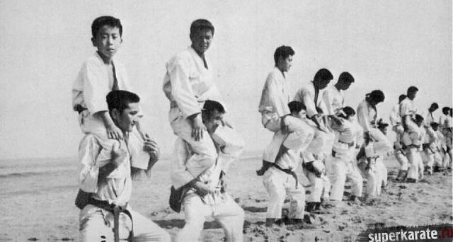 Сэкс на тренировки по каратэ