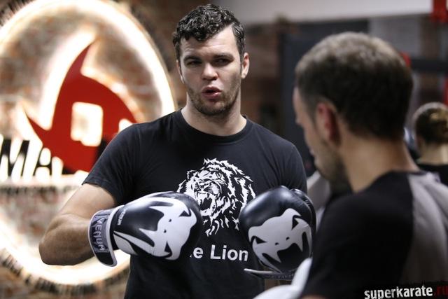 Тайский бокс от Артёма Левина в доджо Макса Дедика