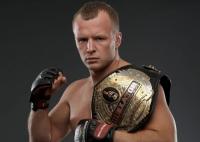 С экс-чемпиона Bellator Александра Шлеменко снята трехлетняя дисквалификация